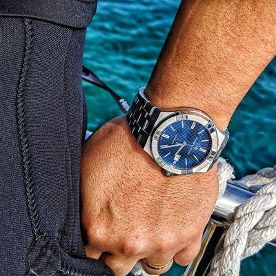 モーリスラクロアの腕時計をはめているkoji_nakazawa
